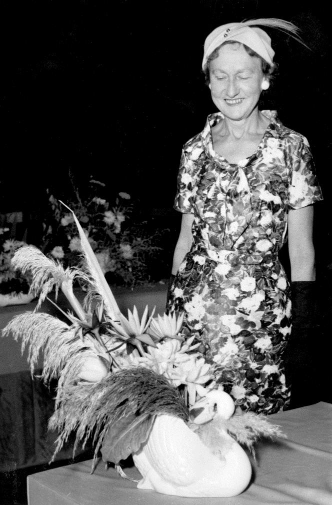 Winning entry for the 1959 Auckland flower arranging competition sponsored by Crown Lynn.