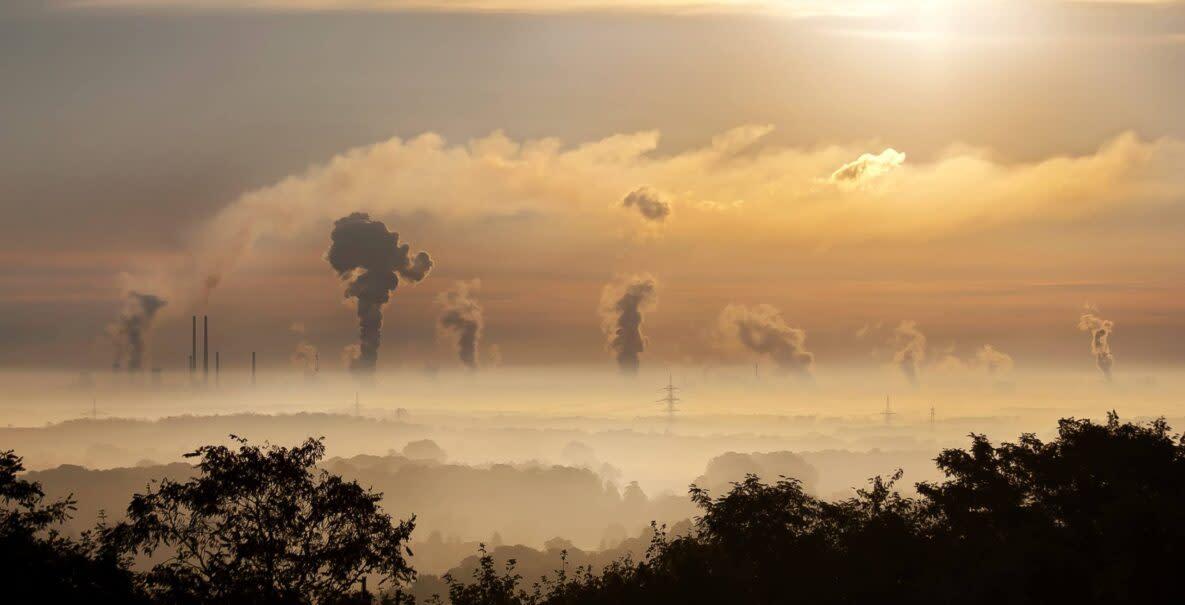 chimneys-greenhouse-gas-emissions