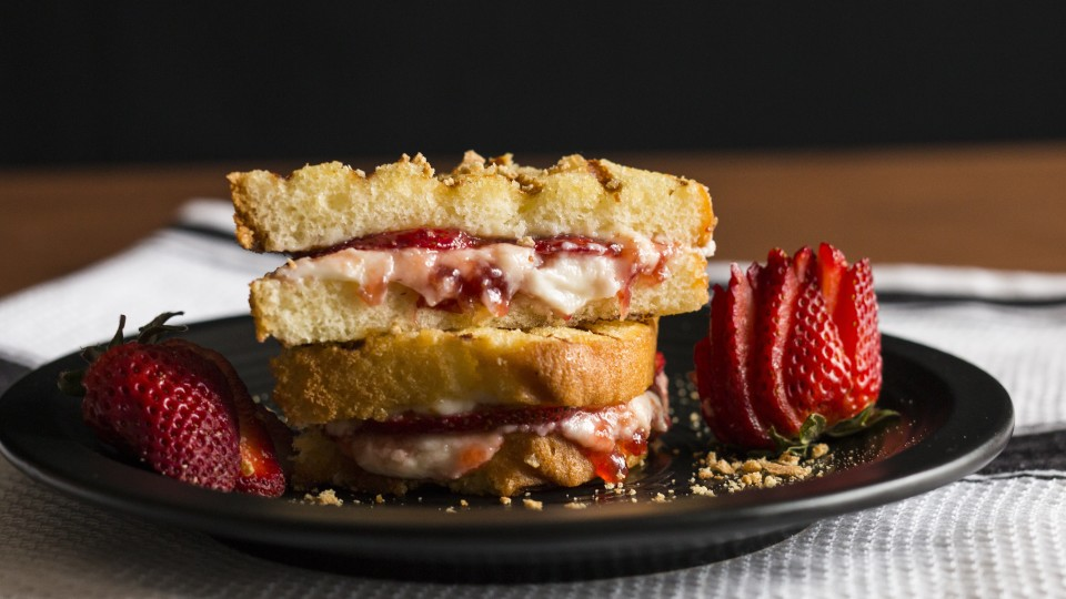 Grilled Strawberry Cheesecake Sandwich ~ Hungry AF | Tastemade