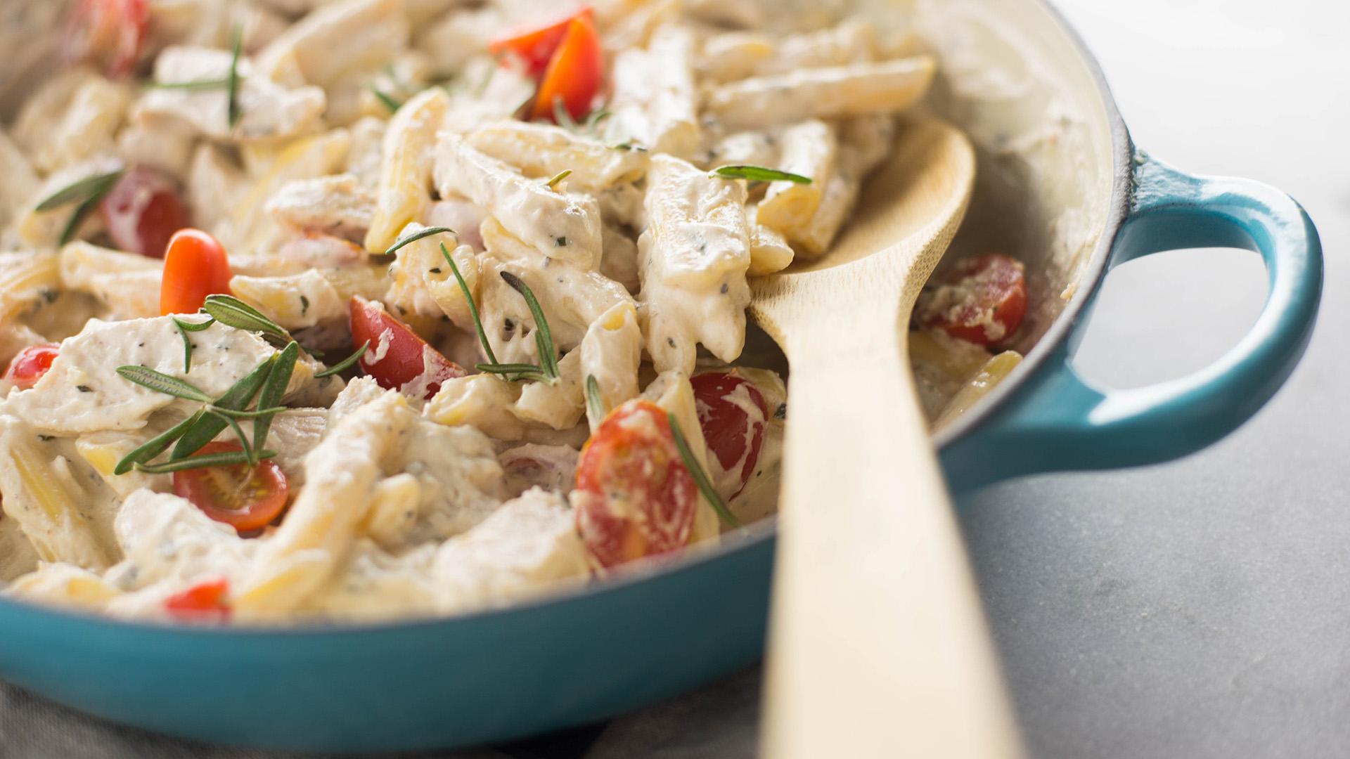 One-Pot Chicken Rosemary Pasta ~ Healthy AF Tastemade