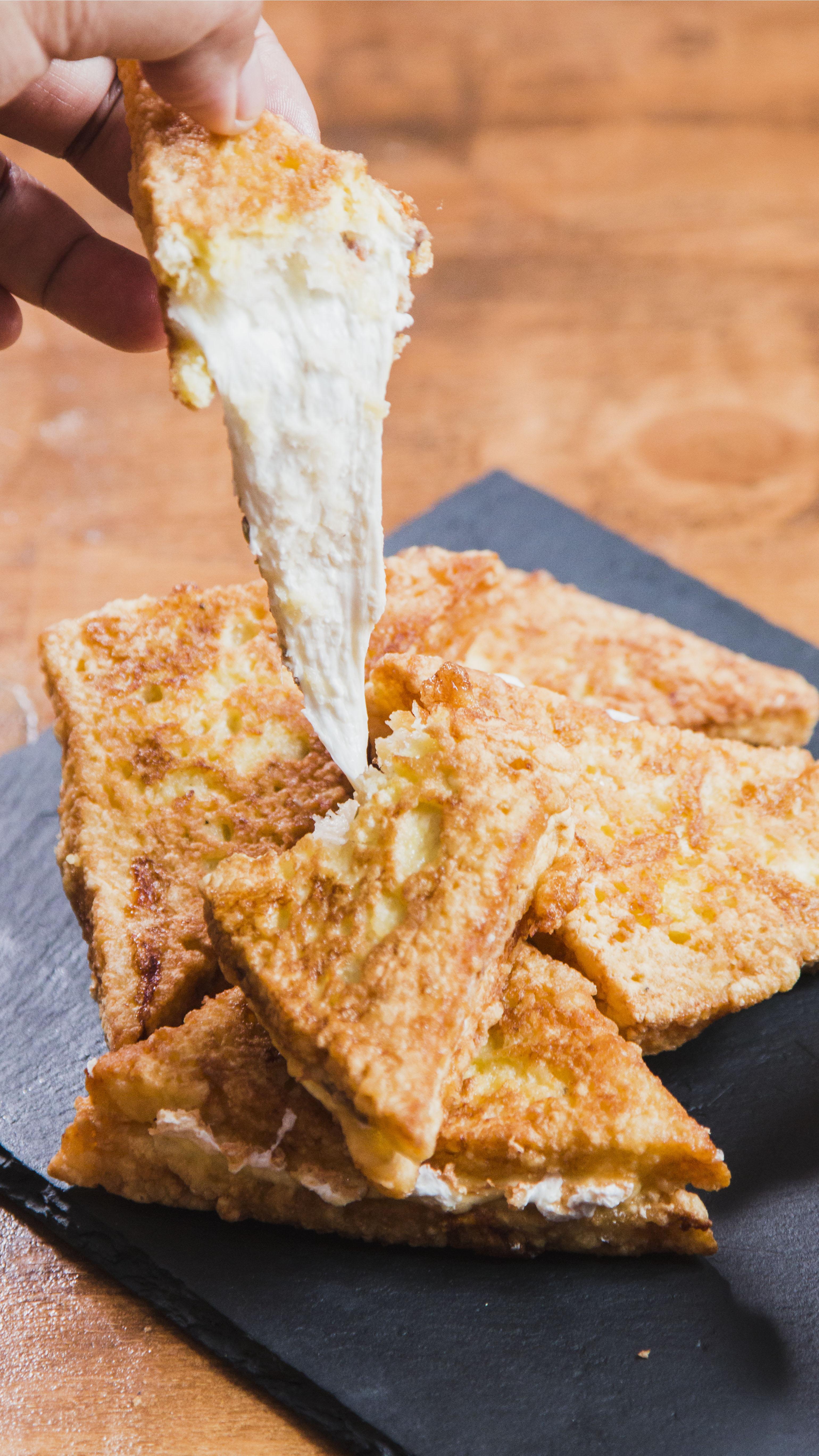 Mozzarella en Carrozza ~ Recipe Tastemade