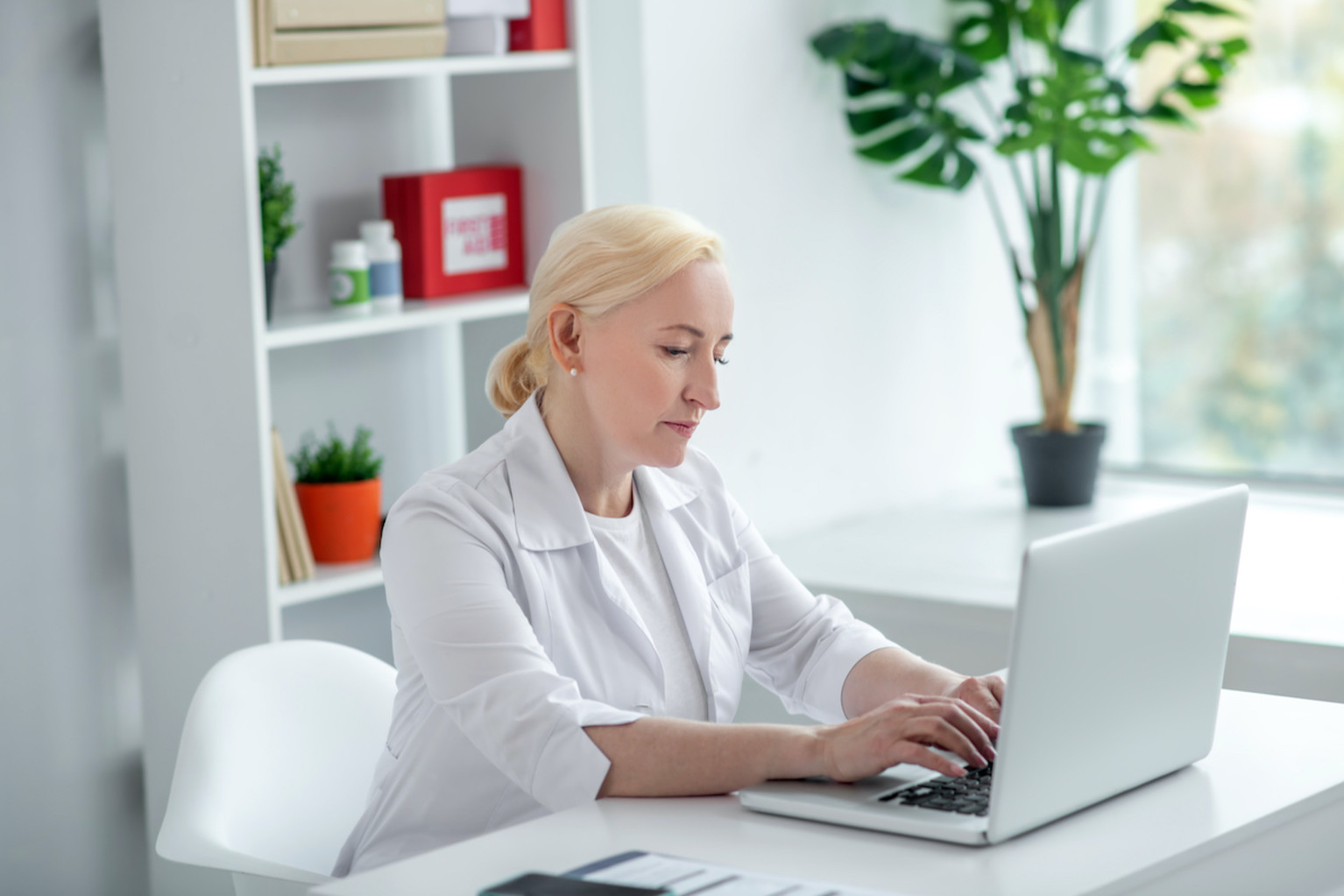 How to Take Your Practice Online and Help Self-Isolating Patients