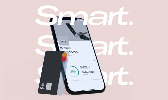N26 Smart card and a smartphone.