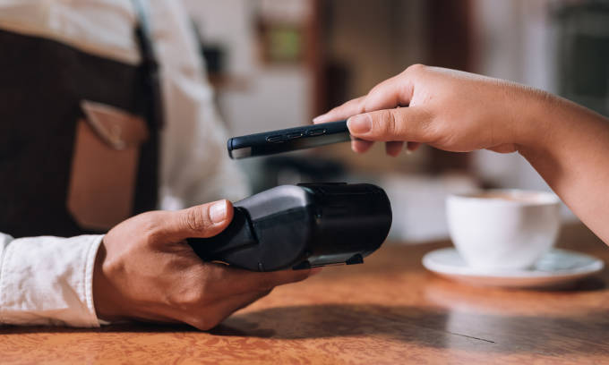 Contactless payment with a smartphone.