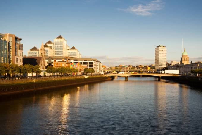 picture of central dublin and liffey river.
