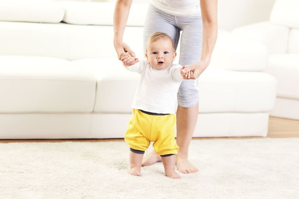 dit-kan-je-baby-4-9-maanden-605x403