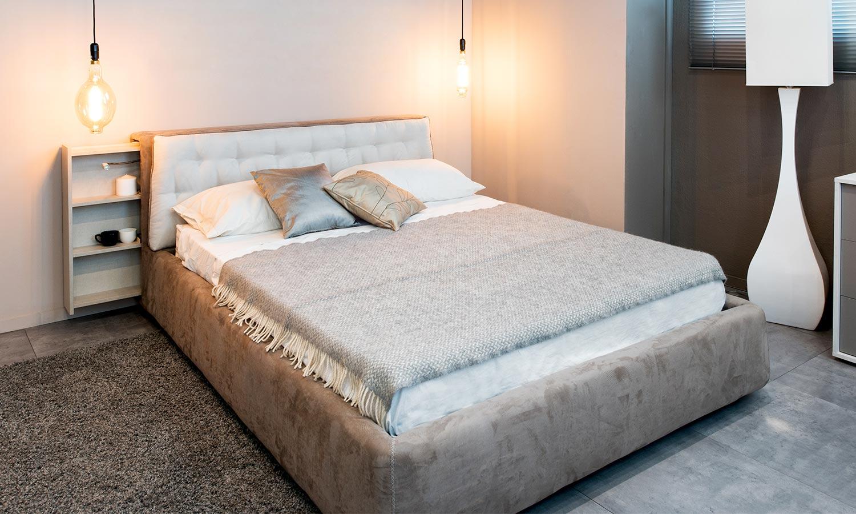 A divan bed