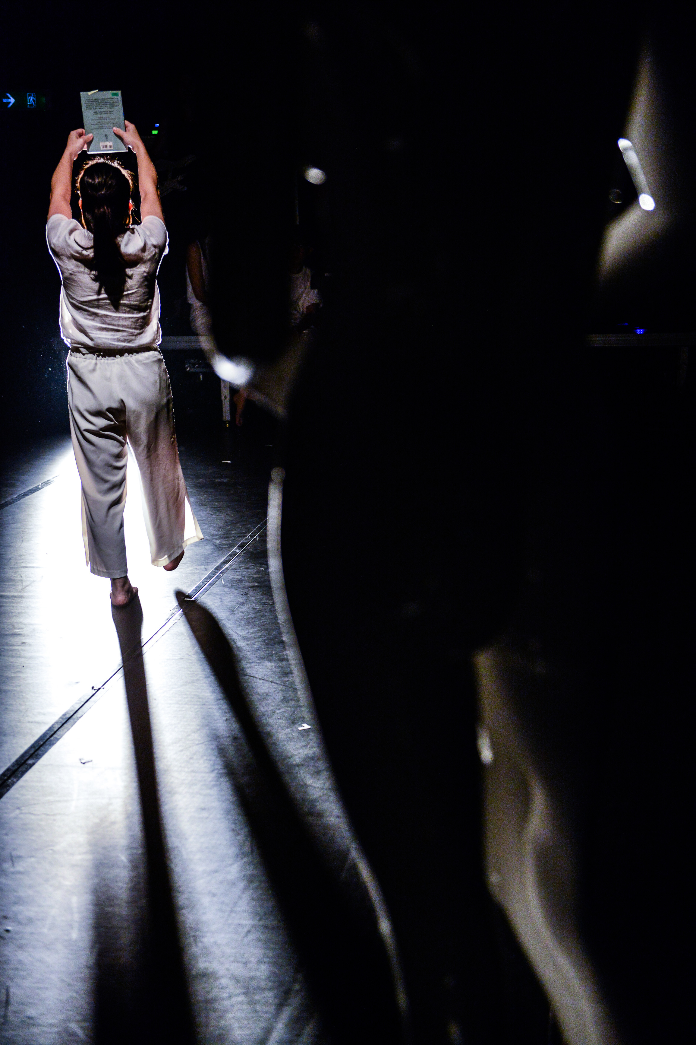 《復仇變奏曲》/人物:黃安婷/類別:演出、《復仇變奏曲》/攝影:Fung Wai Sun/(天台製作 • 香港專業劇團)