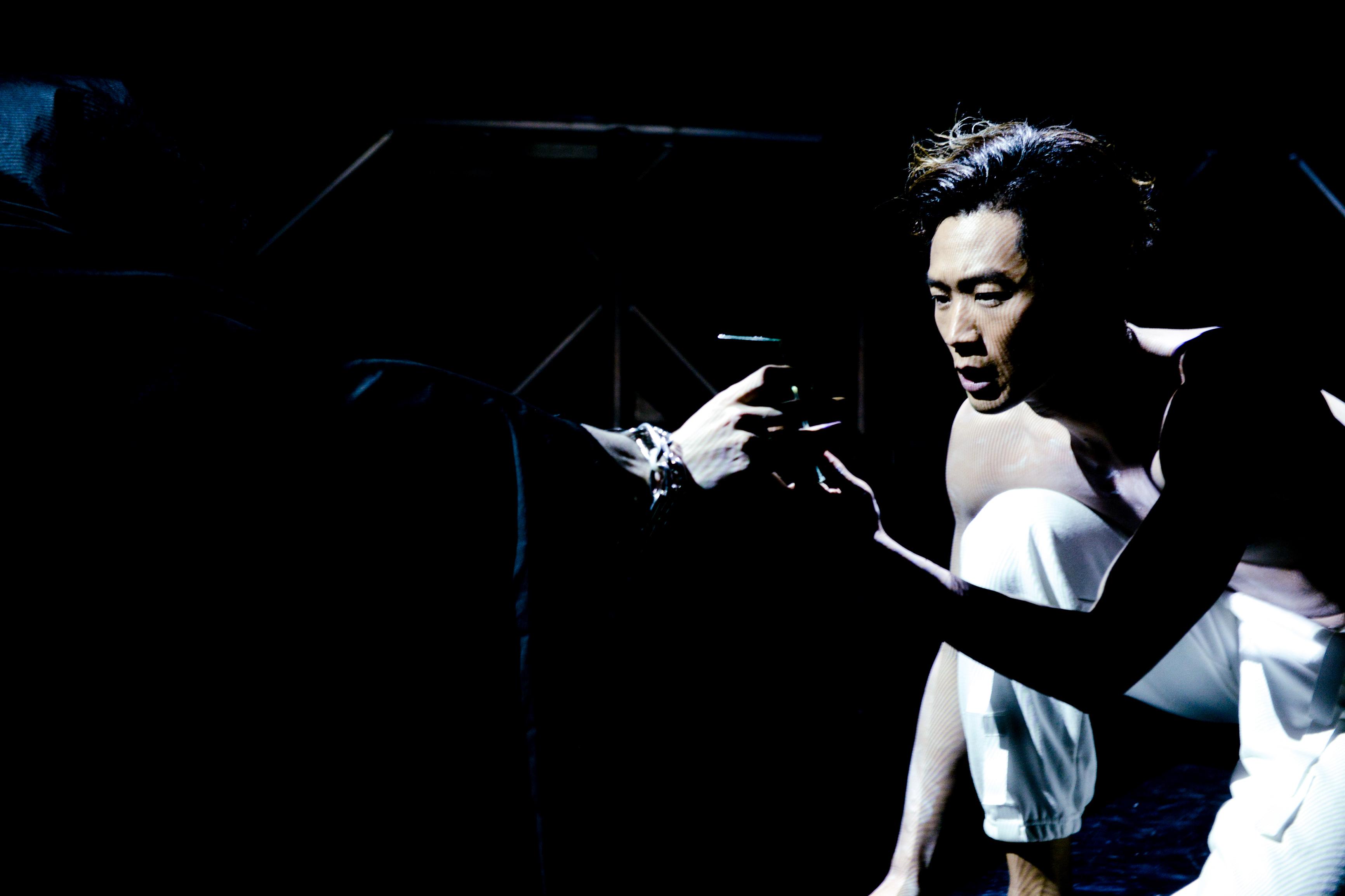 《行為淪喪》/人物:唐曉楓/類別:演出、《行為淪喪》/攝影:Fung Wai Sun/(天台製作 • 香港專業劇團)