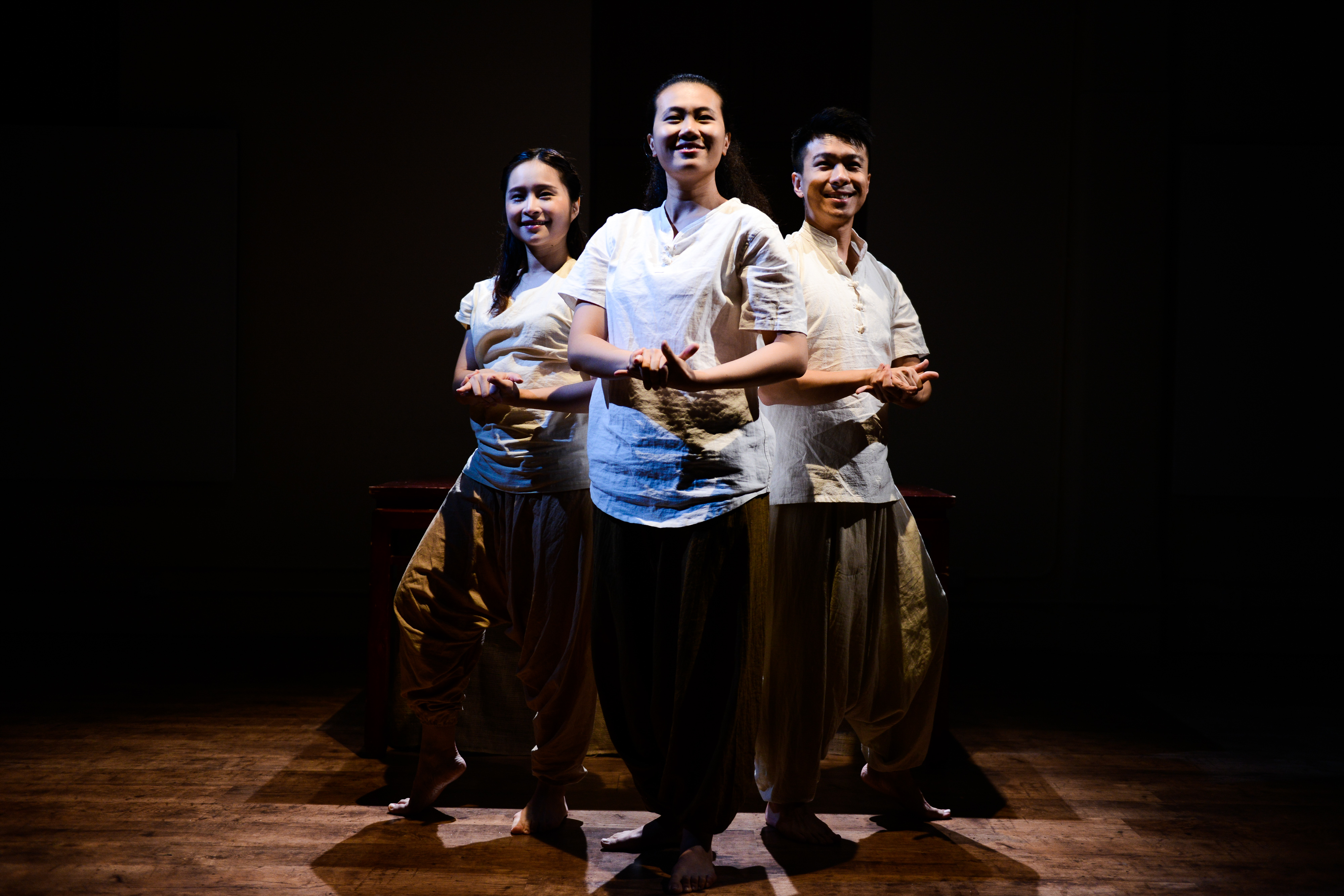 Milk and Honey | Featuring: Billy Sy, Lung Jes, Michelle Li | Tagged as: Milk and Honey, Show | Photo: Fung Wai Sun |  (Rooftop Productions • Hong Kong Theatre Company)