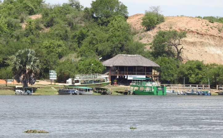 Boat station nearby the stunning Murchison falls.