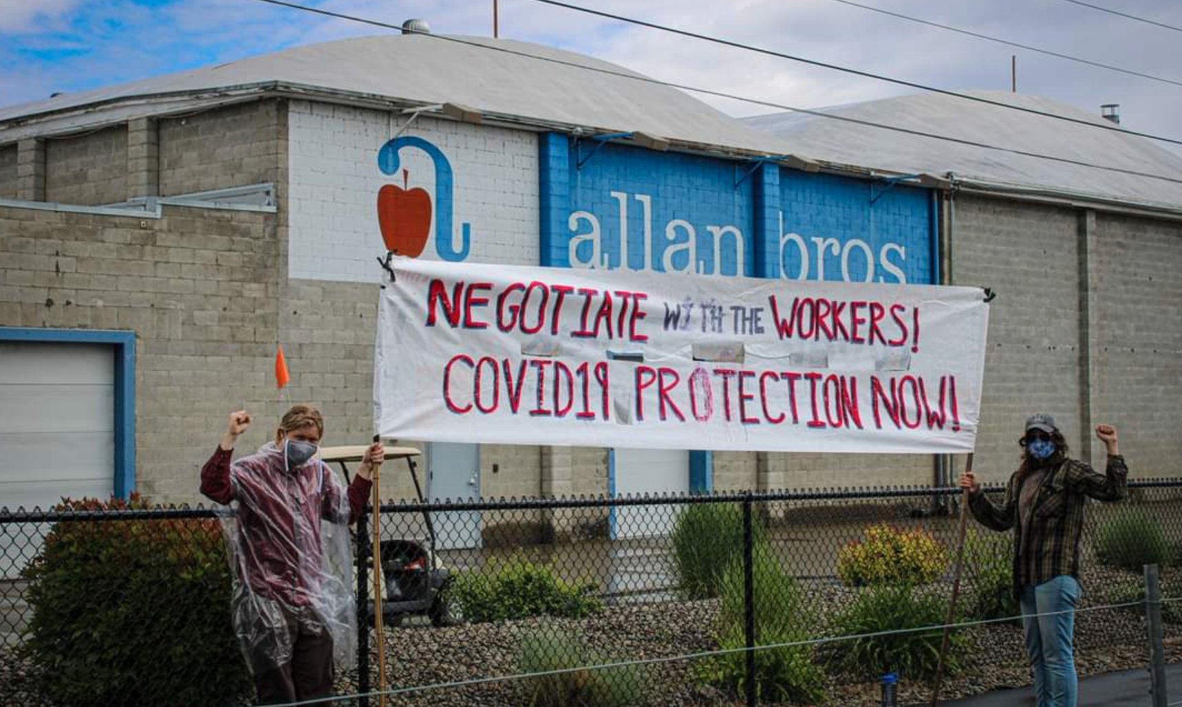Washington fruit packing workers fight for higher pay, benefits, and better working conditions