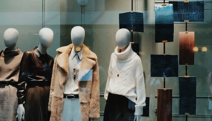 8 Visual Merchandising Strategies For Your Business Brex