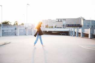 Girl Walking brooke-cagle-yBAhjzfr0xk-unsplash