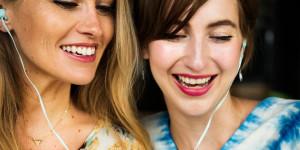 10 Hörbuch-Tipps für den Sommerurlaub