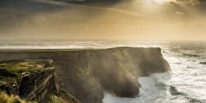 Von grüner Idylle bis zur harten Realität: Irland und seine Bücher