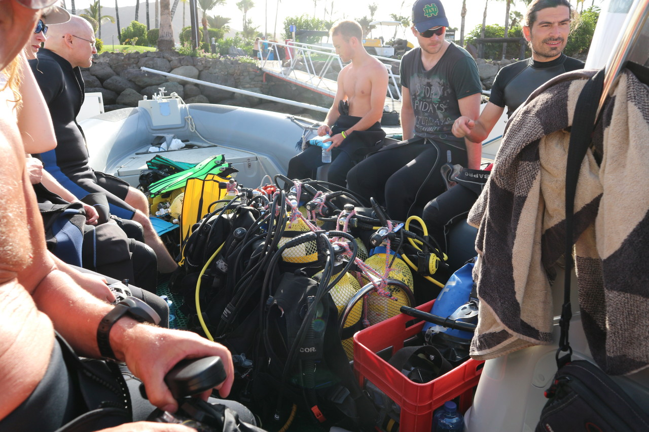 Diving Crew at Scuba Sur