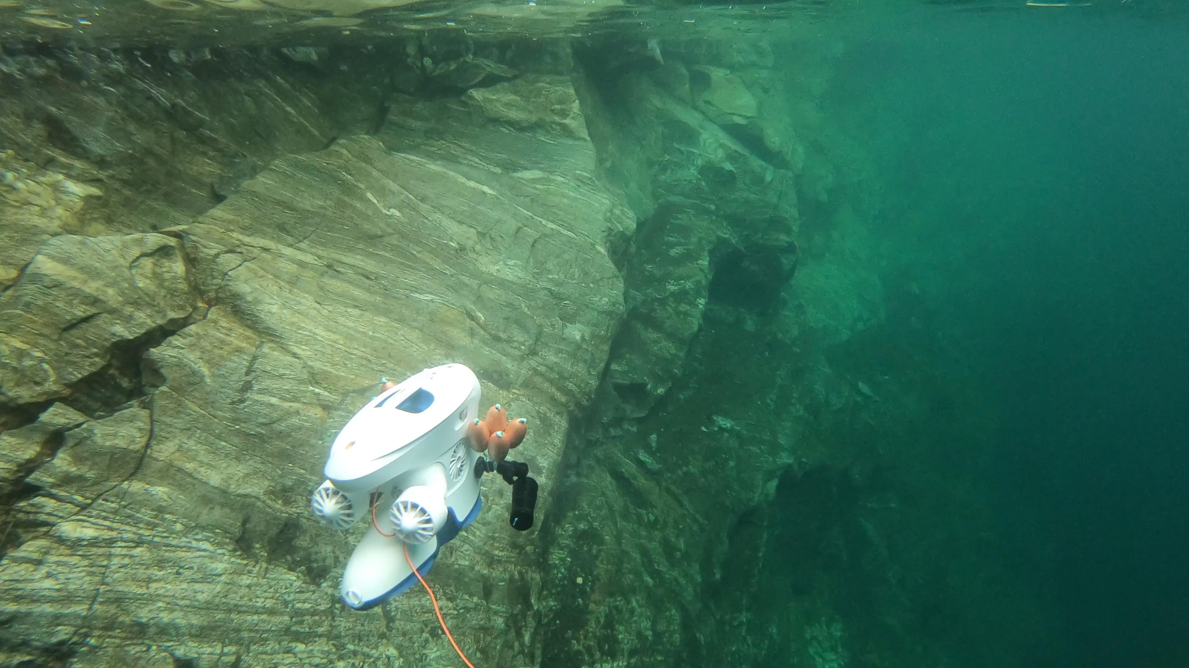 Blueye Pioneer i vannet på Nykjevatnet