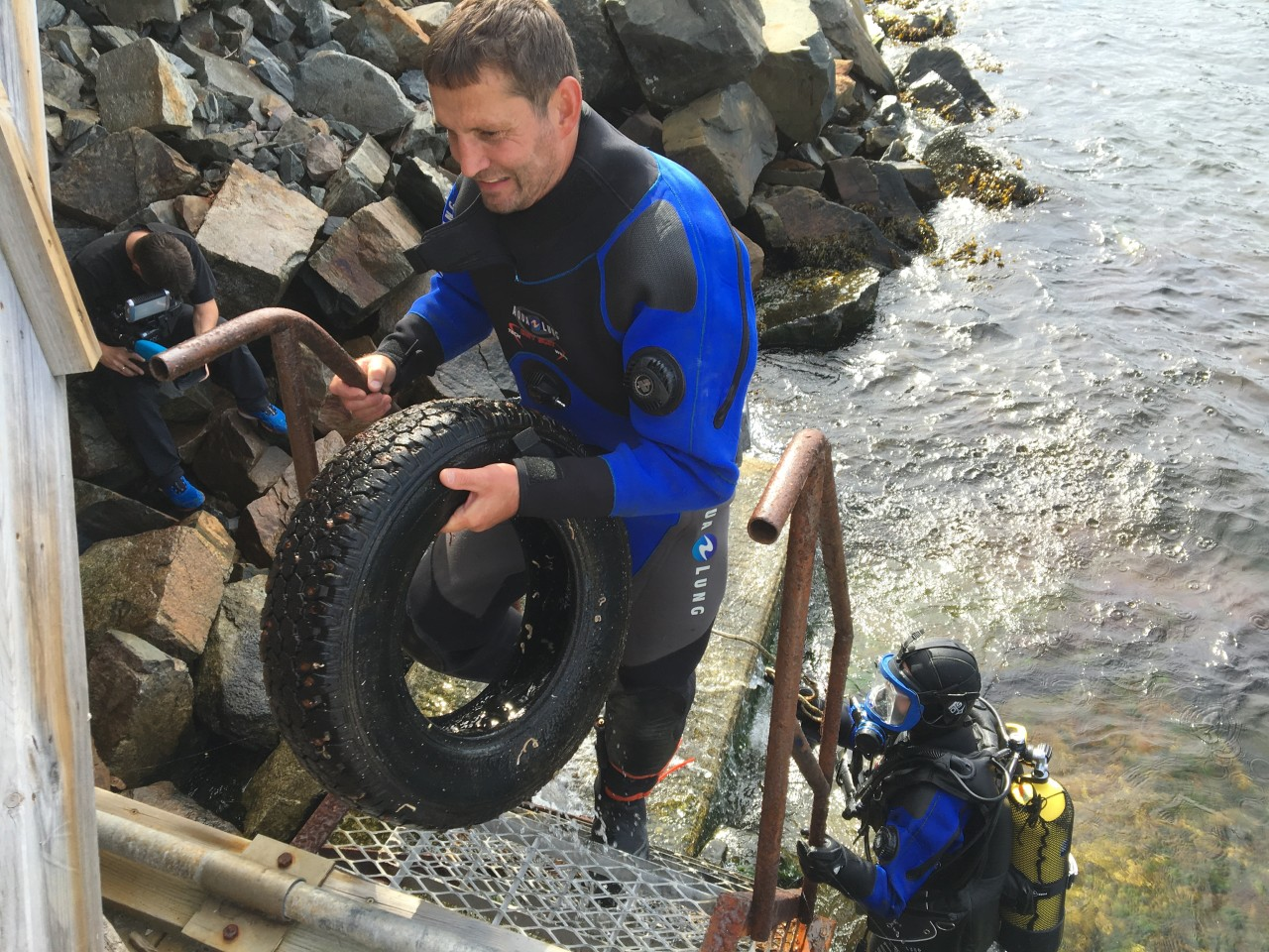 A car tyre was found just off the dock.