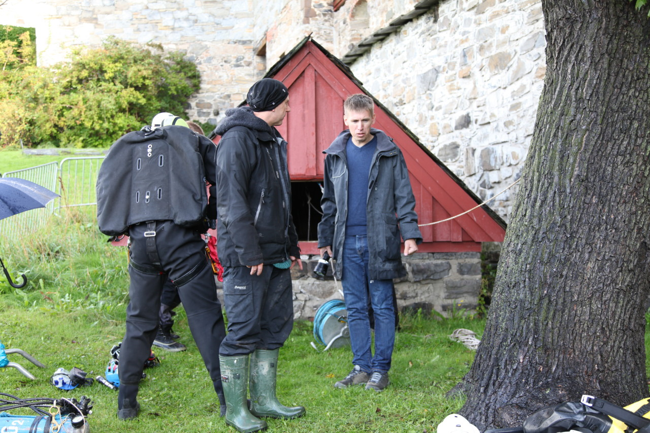 Getting ready outside the well house