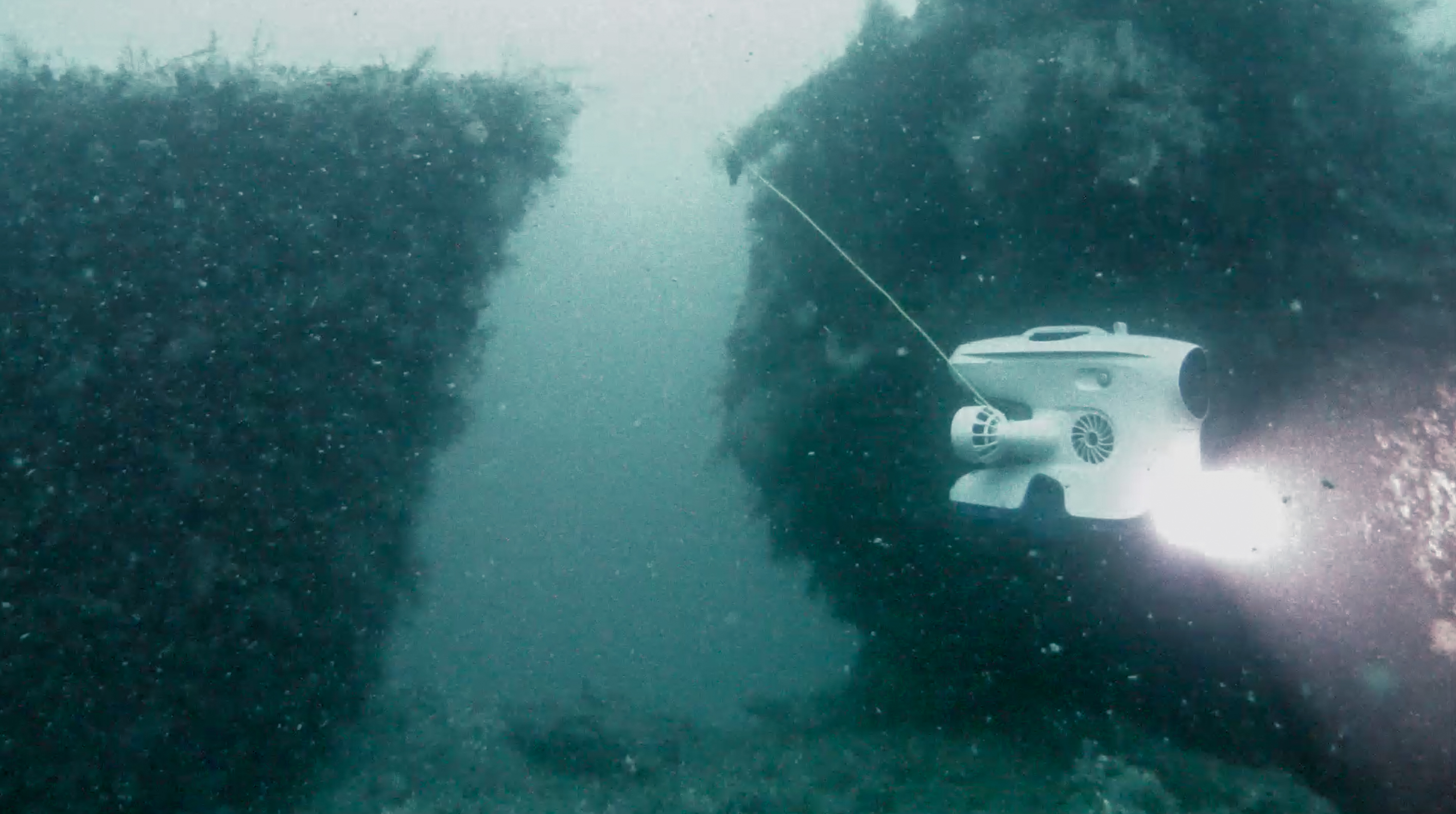 Image of the Figaro wreck from the Blueye Pioneer underwater drone