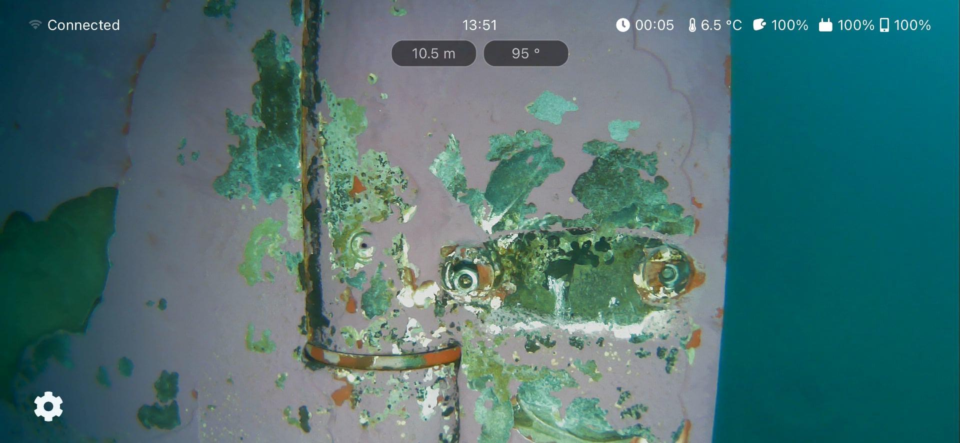 Blueye Observer app inspecting a damaged rudder