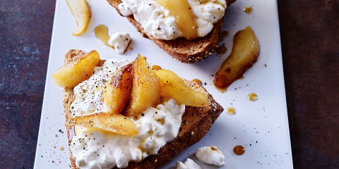 Cheese and pears on toast