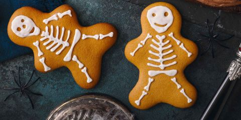 Skeleton gingerbread people