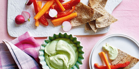 Avocado and yogurt dip
