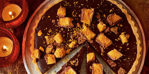 Crackling bonfire tart