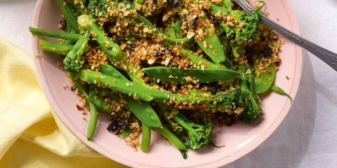 Spring veggies with tapenade crumb
