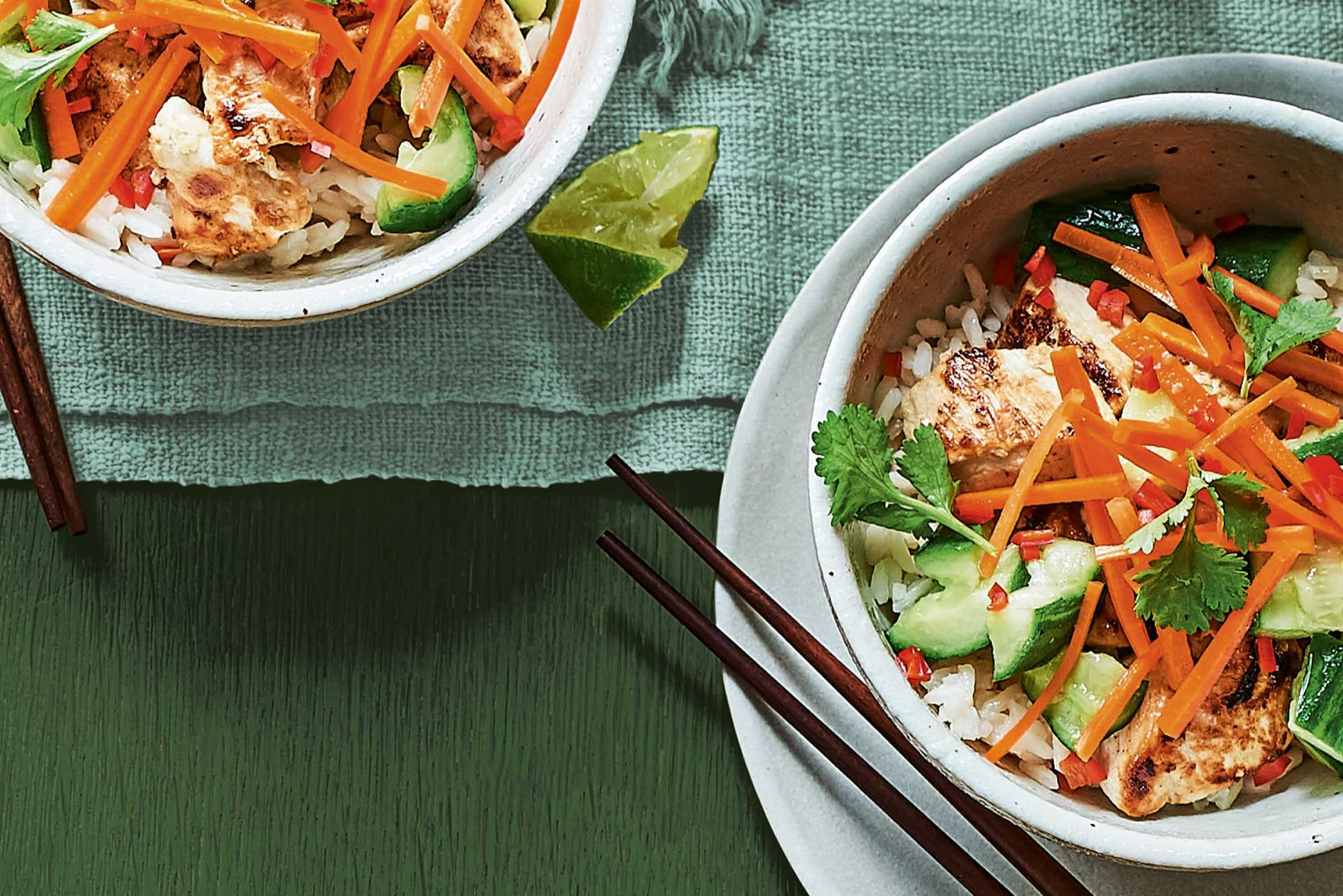 Banhi-mi-bowls-with-smashed-cucumber