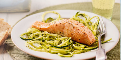 Salmon courgetti