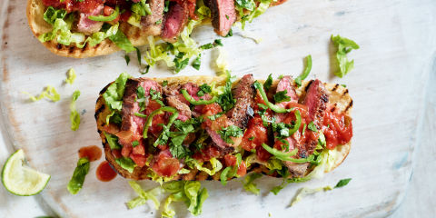 Open peppered steak sandwich