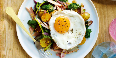 Ham and mustard hash with fried eggs