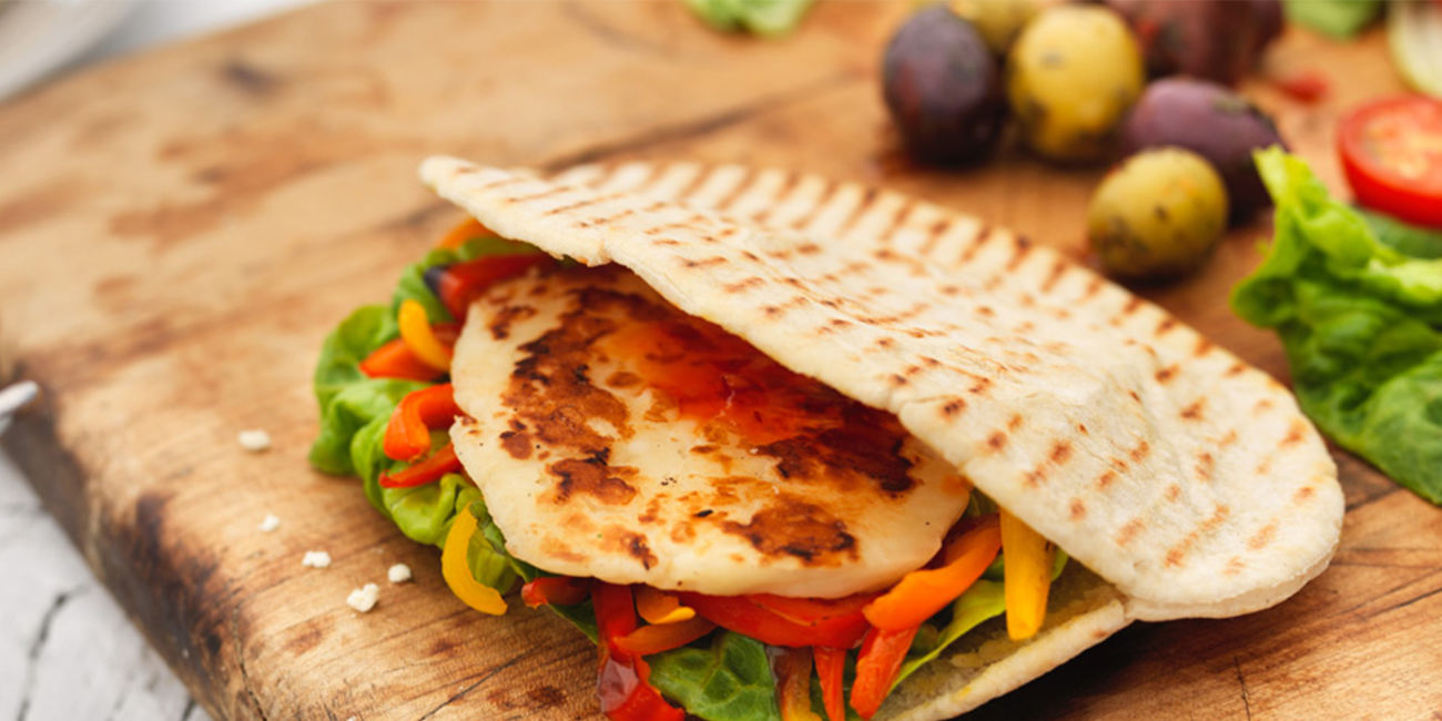 Sweet chilli halloumi and pitta