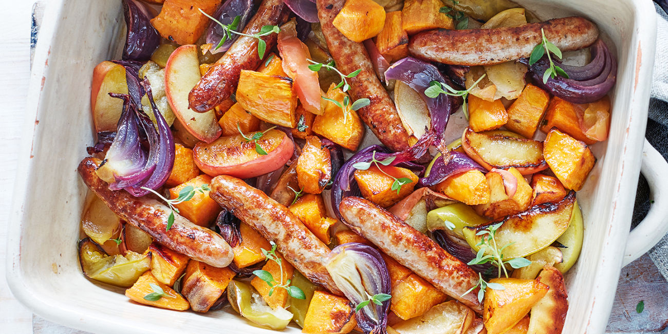 Roasted chipolatas with apple