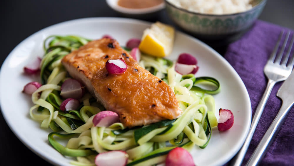 Japanese courgetti with grilled salmon