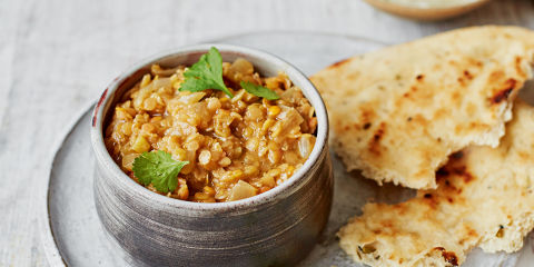 Lentil dahl with naan bread