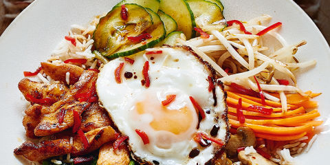 Korean chicken bibimbap