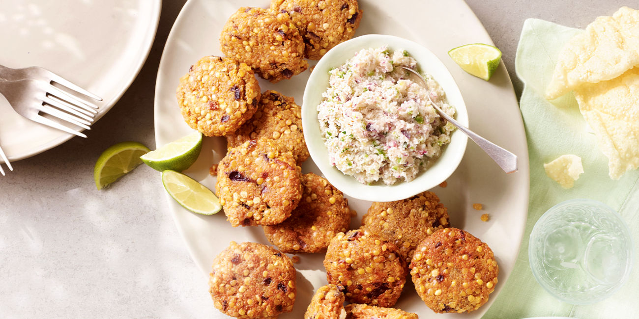 Lentil fritters with coconut chutney