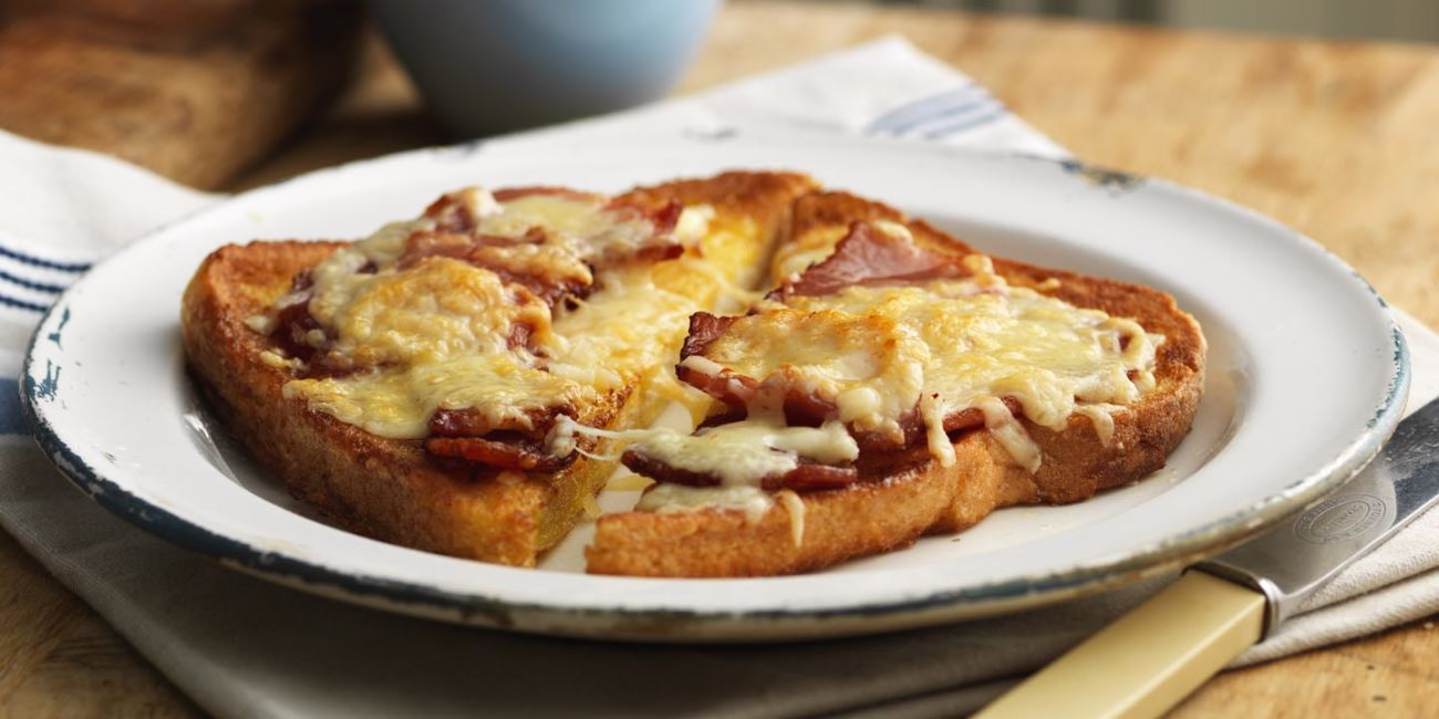 Eggy bread with bacon and cheese