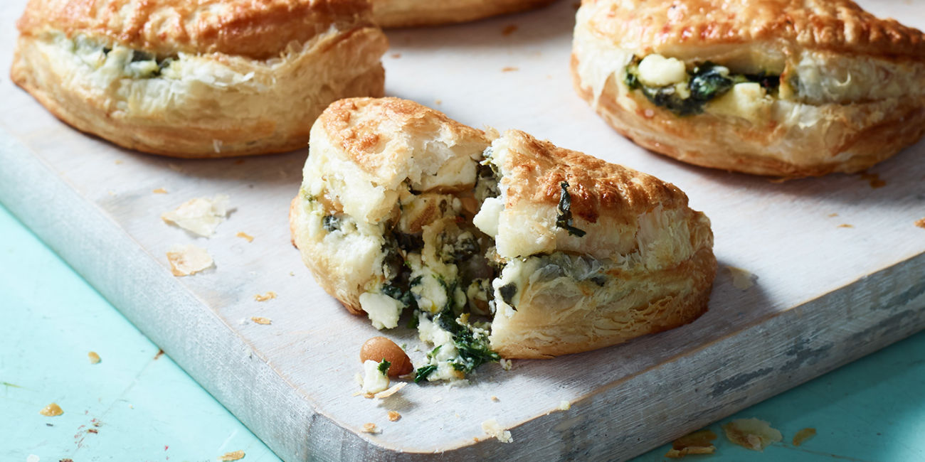 Feta and mint pastry bites