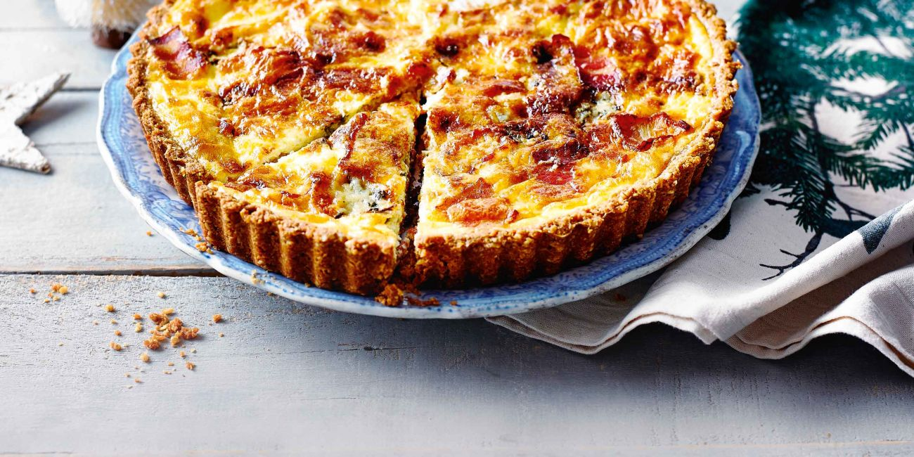 Cracker crust quiche