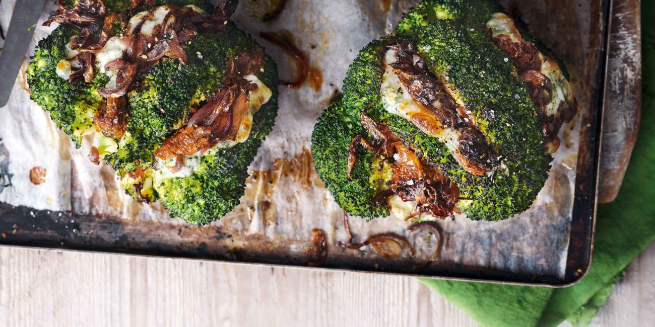 Mozzarella-stuffed hasselback broccoli