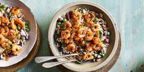 Jerk-style prawns with rice and beans