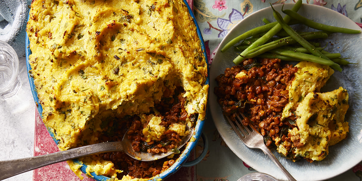 Curried cottage pie with cauli topping
