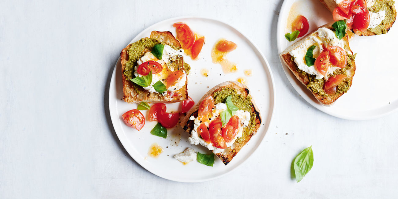 Ricotta and tomatoes on toast