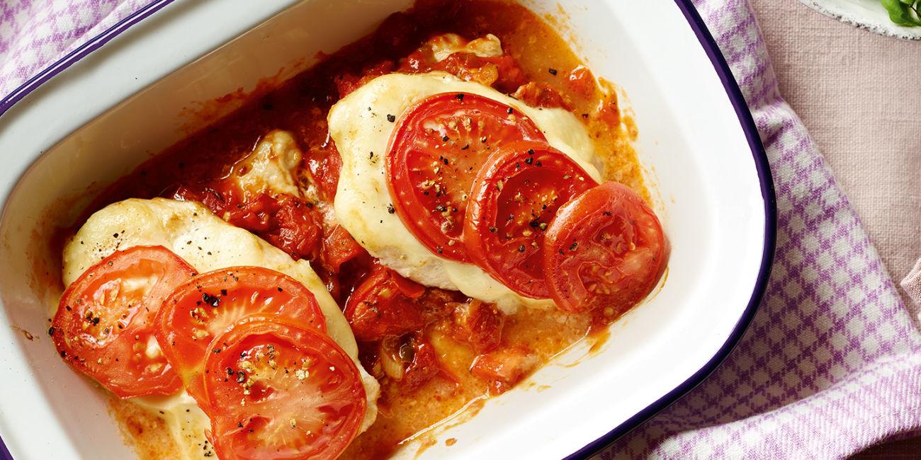 Chicken mozzarella bake
