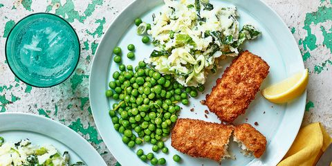 Fish fingers & spring-green mash